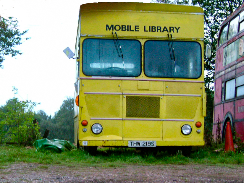 Mobile Library 1353007